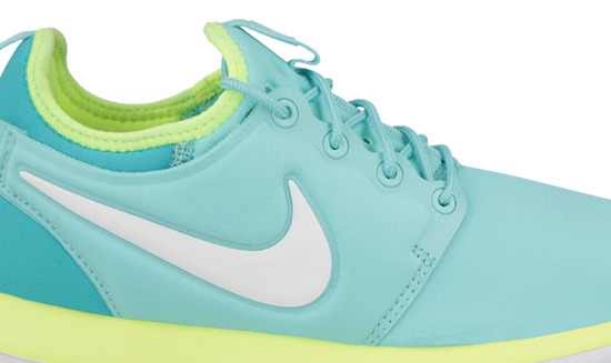 WOMEN'S SHOES NIKE ROSHE TWO (GS) 844655 300