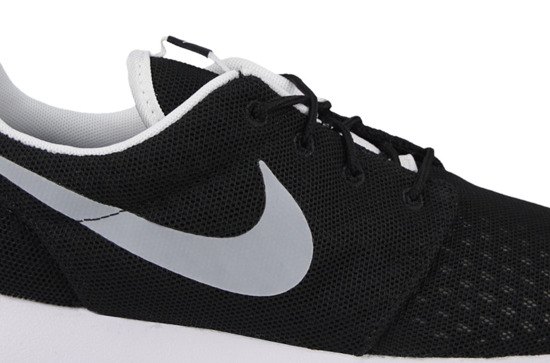 HERREN SCHUHE NIKE ROSHE ONE BREEZE 718552 012